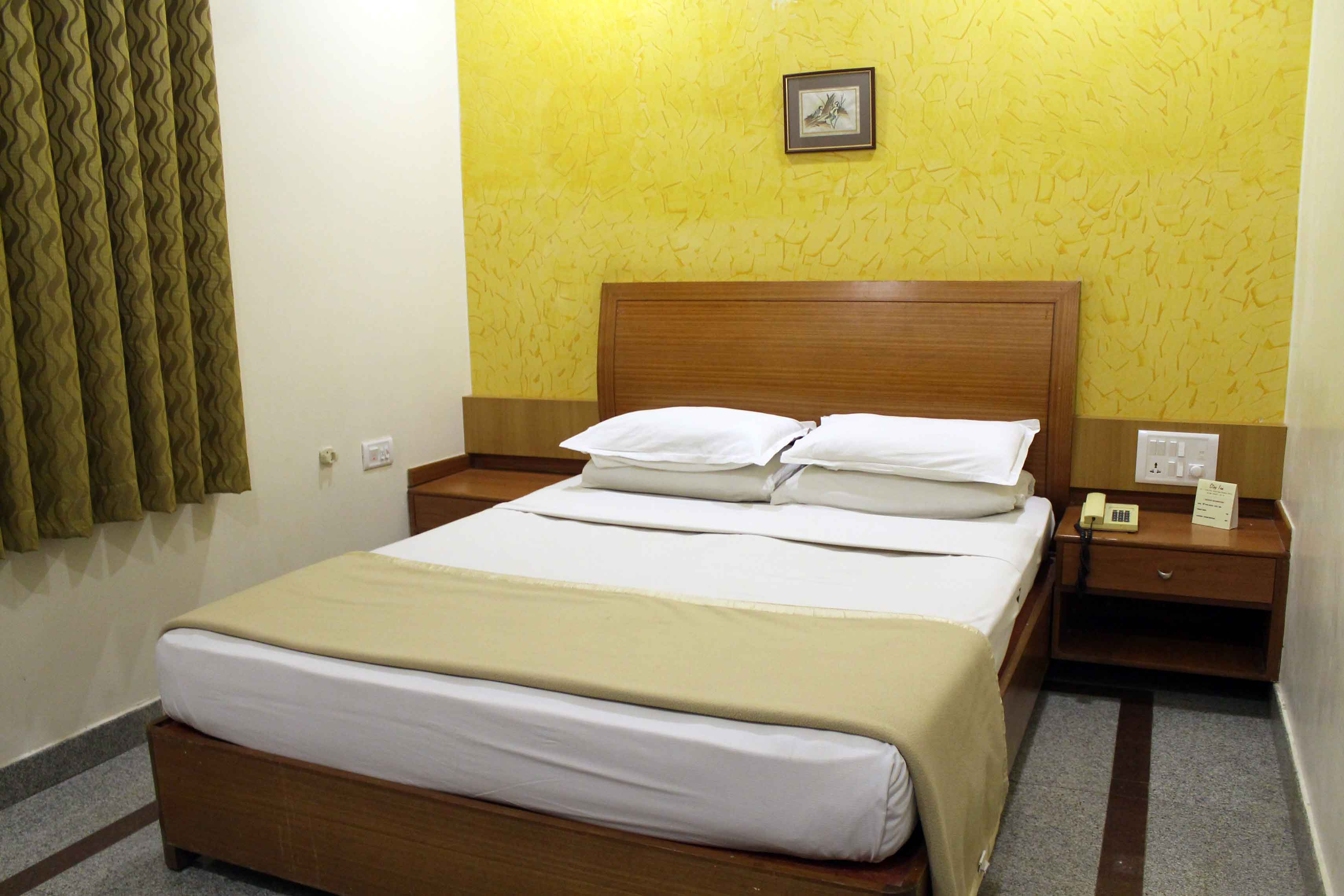 hotels in cantonment railway station